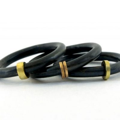 Zwarte ringen